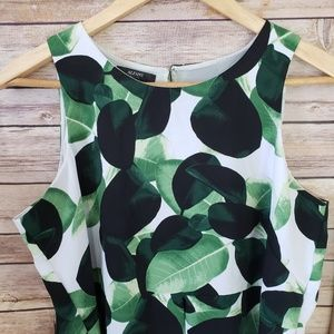 Alfani Tops - 🌿Alfani Leaf Print Blouse Size 12p🌿